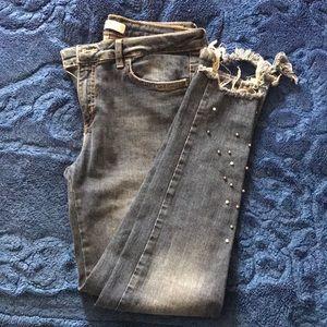 Zara Frayed Pearl Beaded Skinny Jeans